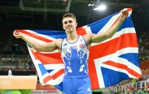Макс Уитлок завоевал золотую медаль в упражнениях на коне