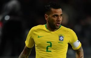 Бразилия вызвала Дани Алвеса на контрольные матчи сборной