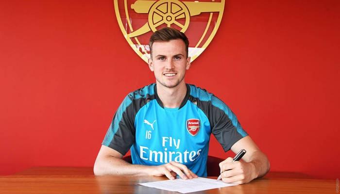 Роб Холдинг продлил контракт с Арсеналом до 2024 года