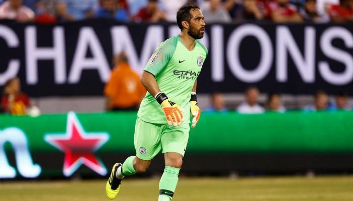 Запасной вратарь Манчестер Сити Браво покинул клуб