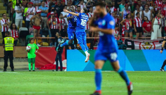 Чемпионат Португалии могут возобновить со зрителями на трибунах