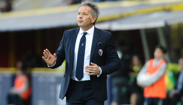 Синиша Михайлович не хочет оставаться в Болонье