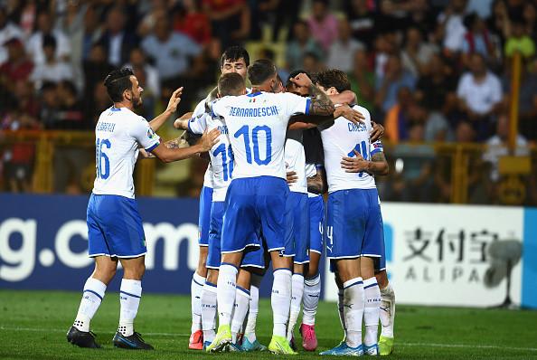 Игроки сборной Италии получили вакцины от коронавируса в преддверии Евро-2020