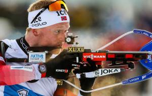 Норвежец Йоханнес Бе победил в масс-старте в Антхольце