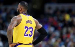 ЛеБрон Джеймс — автор лучшего момента игрового дня в НБА (видео)