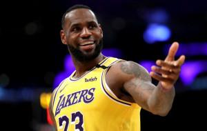ЛеБрон Джемс, Стефен Карри и Донован Митчелл — в топе лучших моментов дня в НБА (видео)