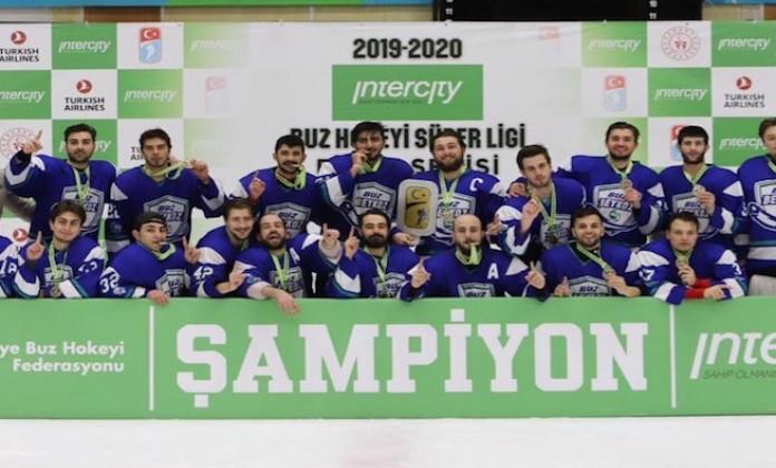 21-летний белорусский хоккеист Труханов стал чемпионом Турции