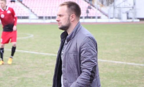 Денис Метлицкий покинул пост главного тренера Андердога