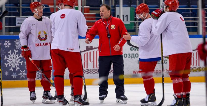 Колосов, Усов и Карабань в составе сборной Беларуси на товарищеские матчи в Венгрии