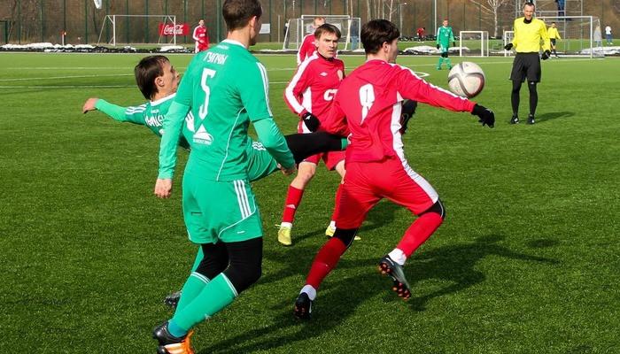 Черник и Куршубадзе на воротах в матче Городеи и Смолевичей