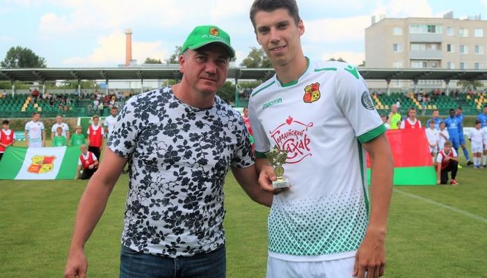 Белорусский полузащитник Сергей Пушняков продолжит карьеру в индонезийской Тире