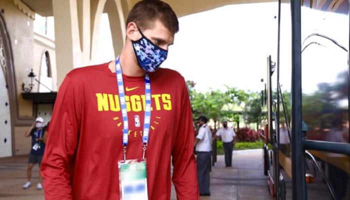 Харден и Йокич прибыли в Орландо для доигровки сезона НБА