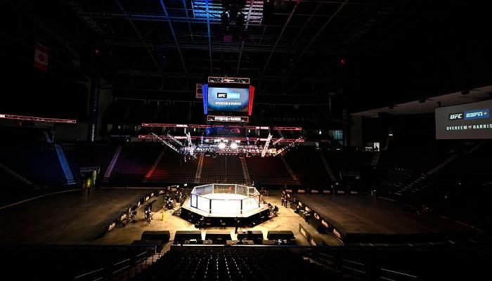Сразу три чемпионских боя пройдут в рамках UFC 259