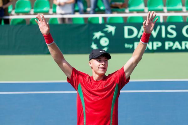 Илья Ивашко не без труда обыграл Дастина Брауна в первом круге турнира в немецком Эккентале