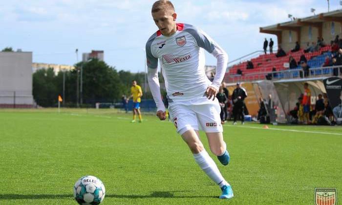 Защитник Максим Ковель и хавбек Андрей Потапенко перешли в Смолевичи по условиям арендного соглашения