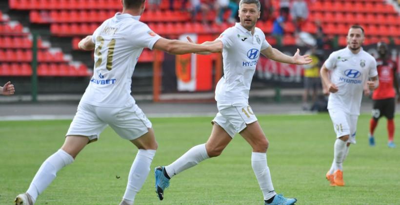 Николай Януш, Ислочь