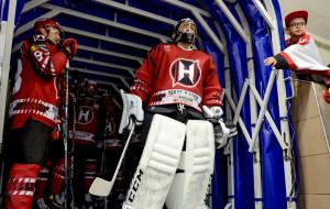 «Разговаривали с новичками, чтобы забывали старый хоккей и играли в тот, который нам проповедуют». Почему Неман забуксовал на старте сезона?