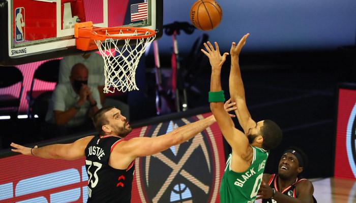 Торонто одержал верх над Бостоном, Денвер уступил Клипперс в плей-офф НБА