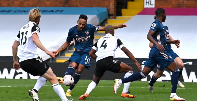 Арсенал уверенно обыграл вернувшийся Фулхэм в матче-открытии АПЛ