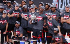 Майами и Лейкерс встретятся в финале НБА