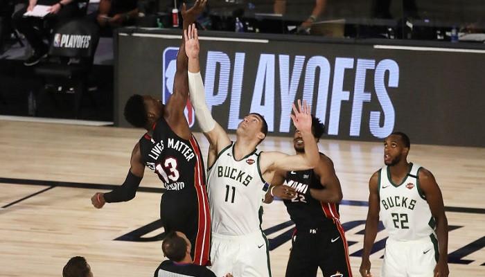 Лейкерс взял верх над Хьюстоном в плей-офф НБА