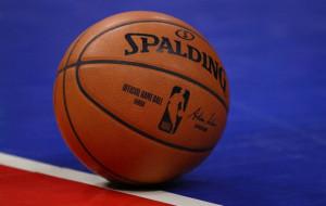 Хьюстон справился с Сан-Антонио, Шарлотт уступил Торонто и другие результаты игрового дня в НБА
