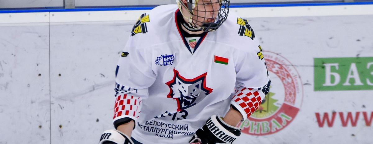 «Любой молодой хоккеист хочет уехать из Беларуси, потому что знает: наш чемпионат не просматривают скауты». Что за 18-летний тинейджер, который разрывает экстралигу А?