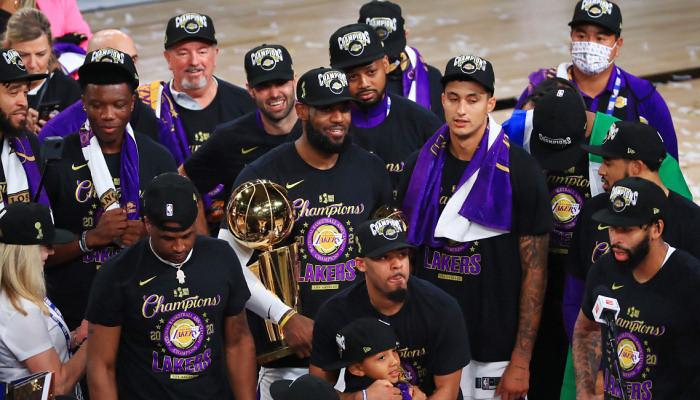 Лейкерс одолели Майами и стали чемпионами НБА