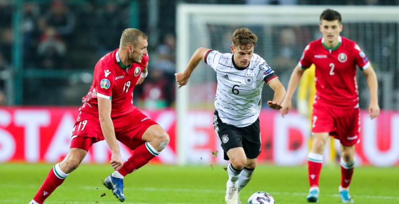 Денис Лаптев не может отличиться за сборную Беларуси на протяжении 28 матчей кряду