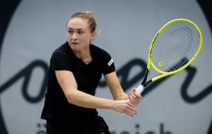 Александра Саснович уступила Катерине Козловой в 1/8 финала турнира в Гдыне