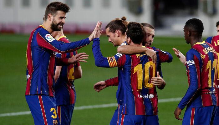 Барселона дома уверенно разобралась с Бетисом, забив пять мячей