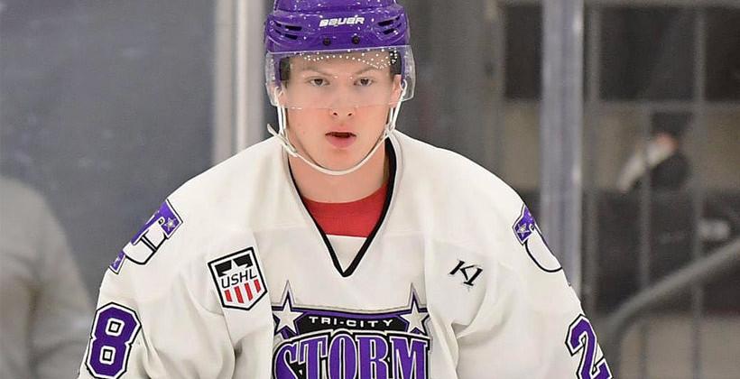Экс-капитан юниорской сборной Беларуси Артём Борщёв перешёл в клуб из лиги NCAA