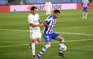 Поздний гол Каземиро не помог Реалу отыграться в матче с Алавесом