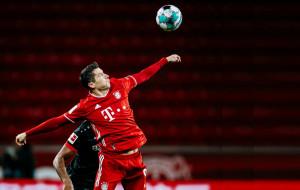 Роберт Левандовски в одном шаге от нового рекорда голов Бундеслиги