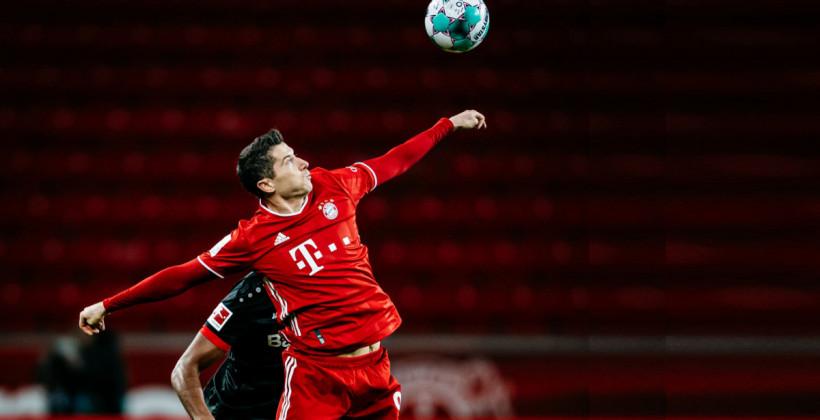 Бавария в гостях добыла минимальную победу над Аугсбургом