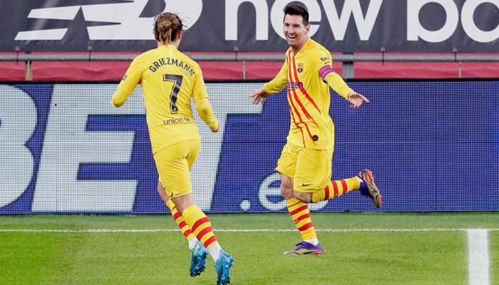 Дубль Месси помог Барселоне одолеть Атлетик