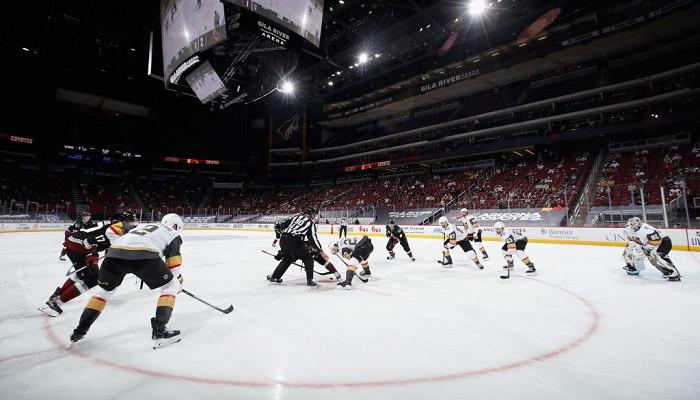 Филадельфия в овертайме дожала Рейнджерс, Флорида крупно обыграла Чикаго и другие результаты НХЛ