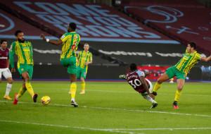 Вест Хэм в тяжёлом матче добыл победу над Вест Бромвичем