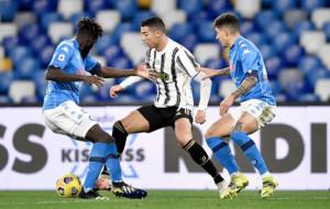 Ювентус и Наполи сыграют перенесённый матч 17 марта — СМИ