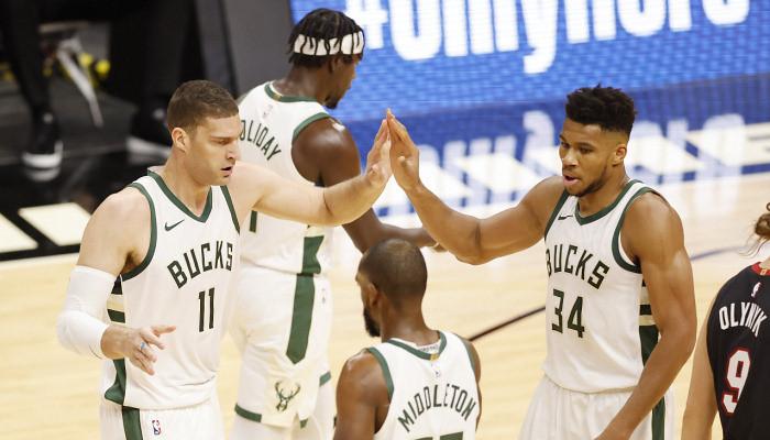 Лейкерс добыл викторию над Голден Стэйт, победа Майами, Милуоки и ещё 5 результатов НБА