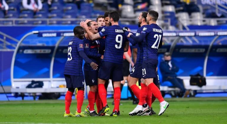 Бензема включен в заявку сборной Франции на чемпионат Европы