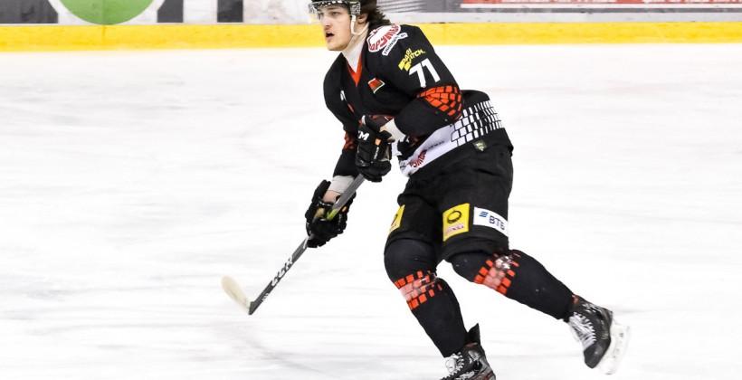 Михаил Ковалев — самый молодой защитник, забросивший в овертайме матча плей-офф