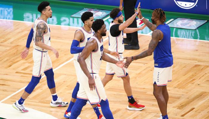 Виктория Филадельфии, Лос-Анджелеса Лейкерс и ещё шесть матчей игрового дня в НБА