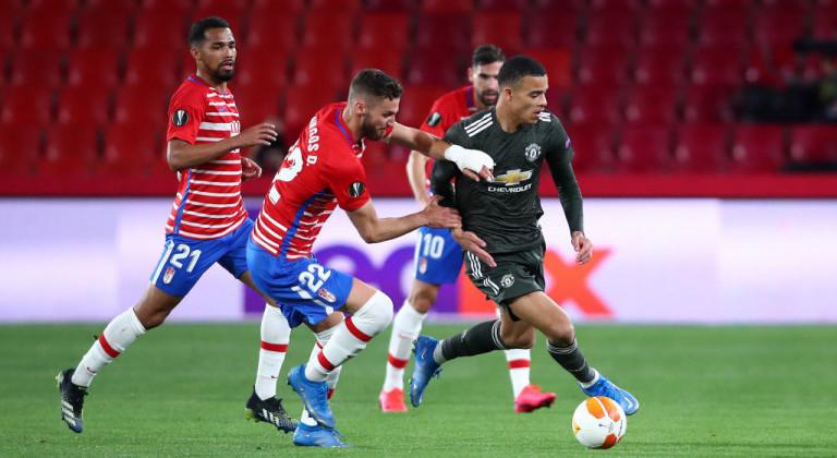 Манчестер Юнайтед не без труда справился с Гранадой в первом матче 1/4 ЛЕ