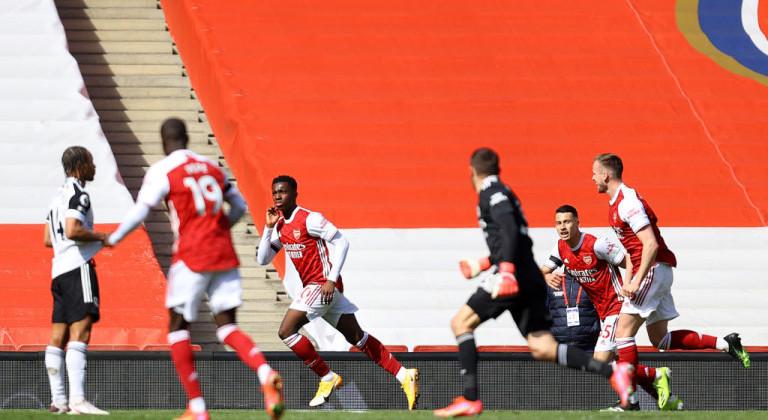 Арсенал в драматичном матче спасся от поражения в домашней игре против Фулхэма, забив на 97-й минуте