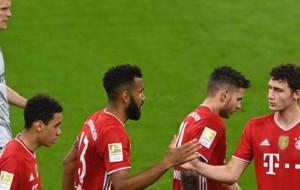 Бавария взяла верх над Байером и приблизилась к чемпионству