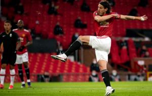 Манчестер Юнайтед подтвердил продление соглашения с Кавани