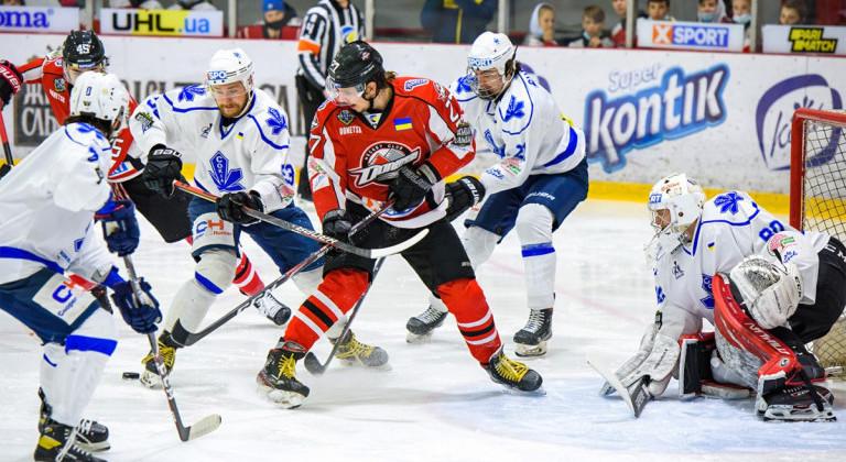 Донбасс Микульчика добыл разгромную победу над киевским Соколом в финале УХЛ