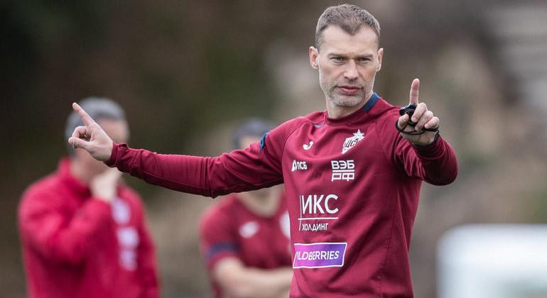 Василий Березуцкий официально покинул ЦСКА. Специалист продолжит работу в Краснодаре