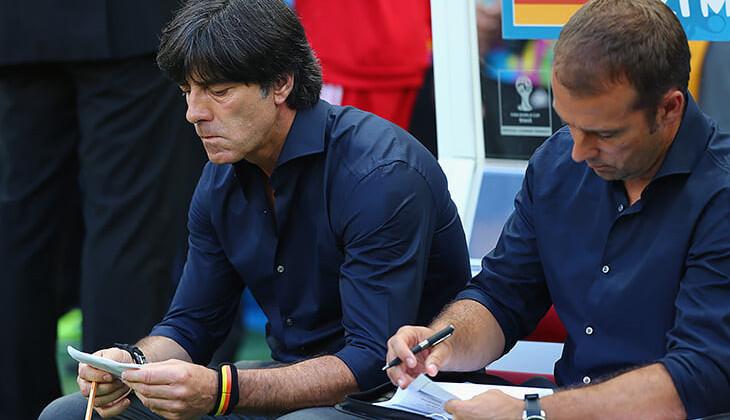 Бавария об уходе Флика: «Не одобряем односторонние заявления Флика, продолжим переговоры после матча в Майнце»